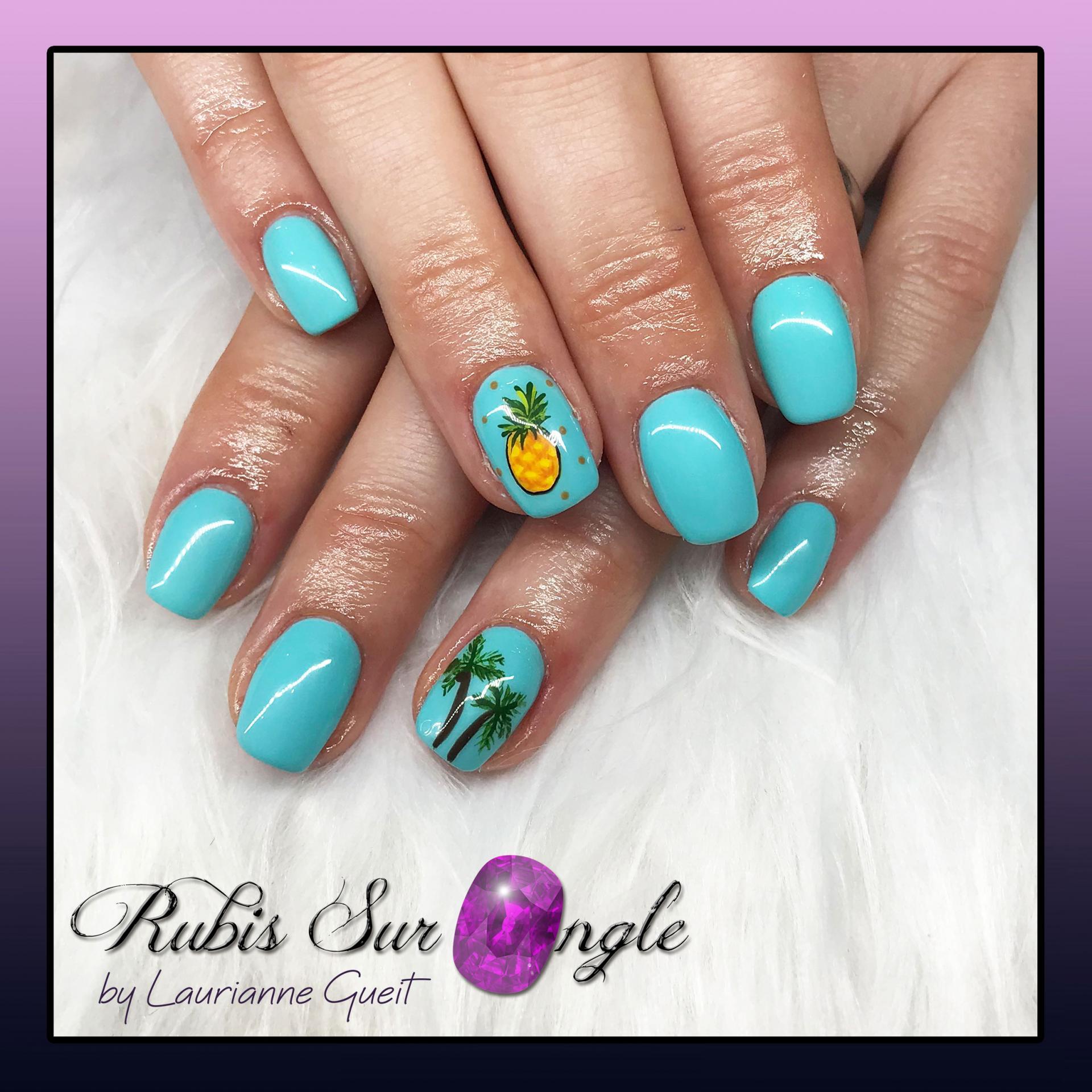 Rubis Sur Ongle Manucure Nail Art ananas et palmier