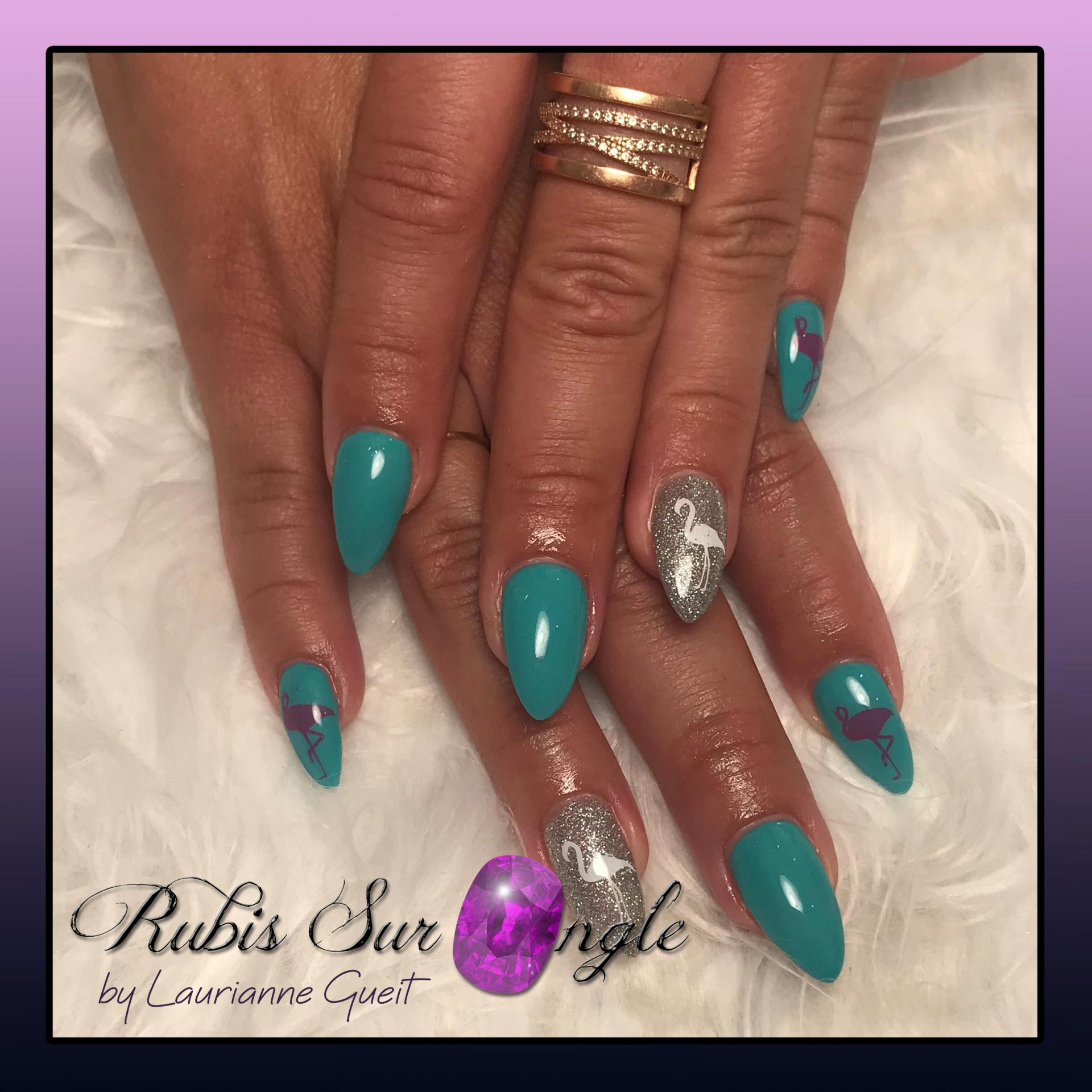 Rubis-Sur-Ongle-Nail-Art-Bleu-Vert-Flamand-Rose