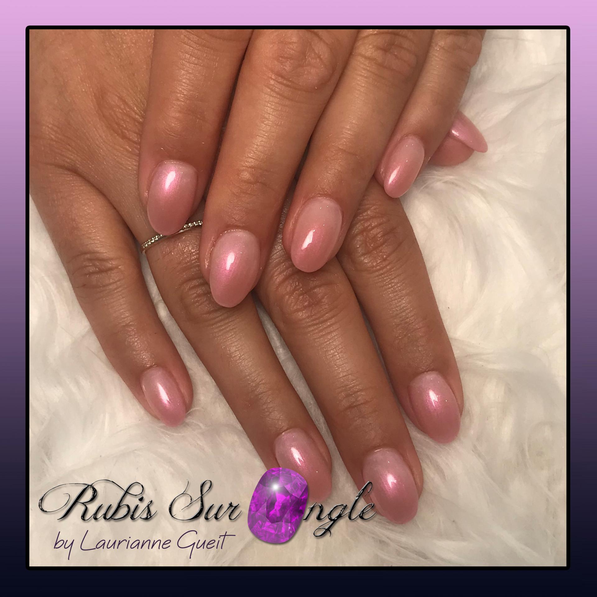 Rubis-Sur-Ongle-Nail-Art-Effet-Perle