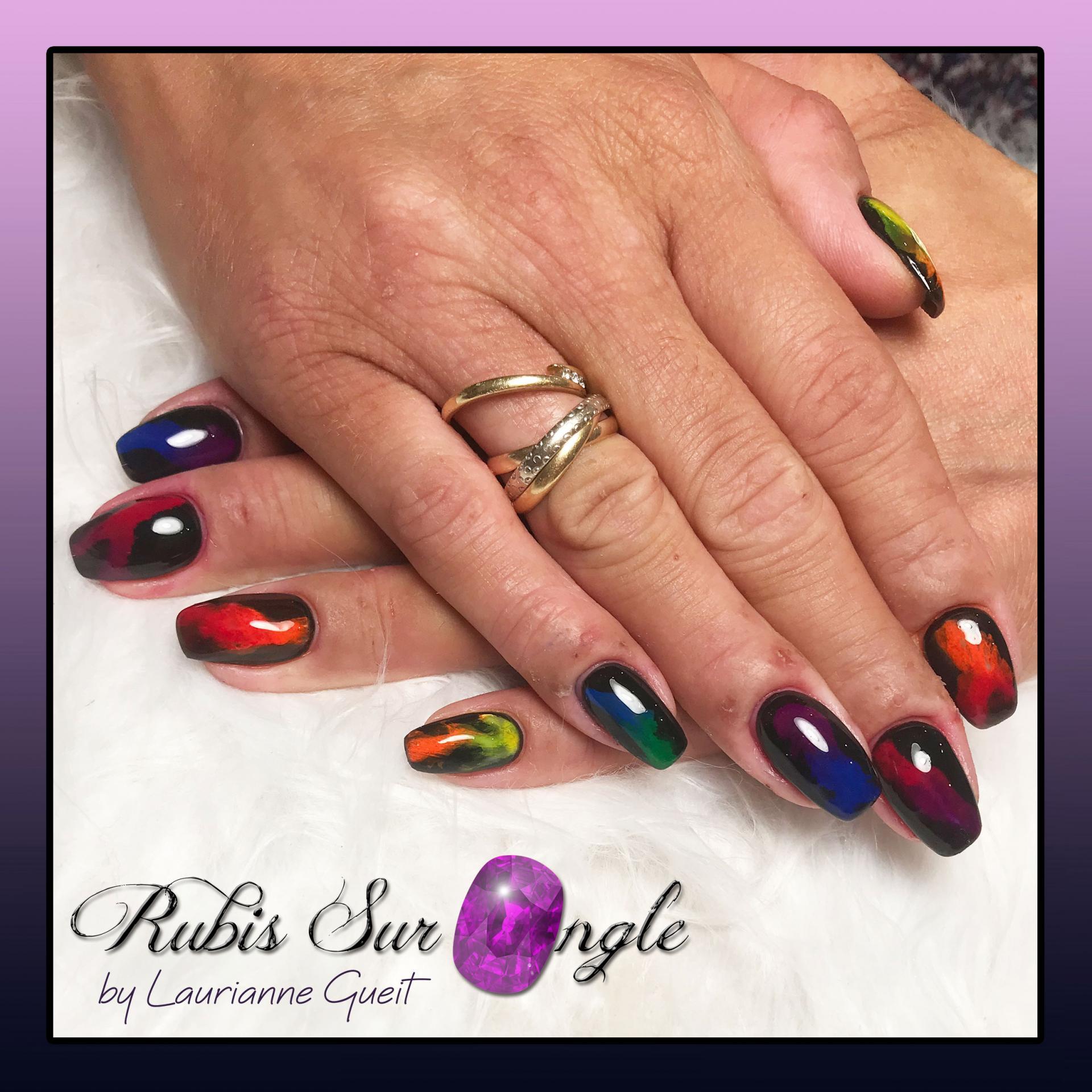 Rubis-Sur-Ongle-Nail-Art-Effet-Smoky