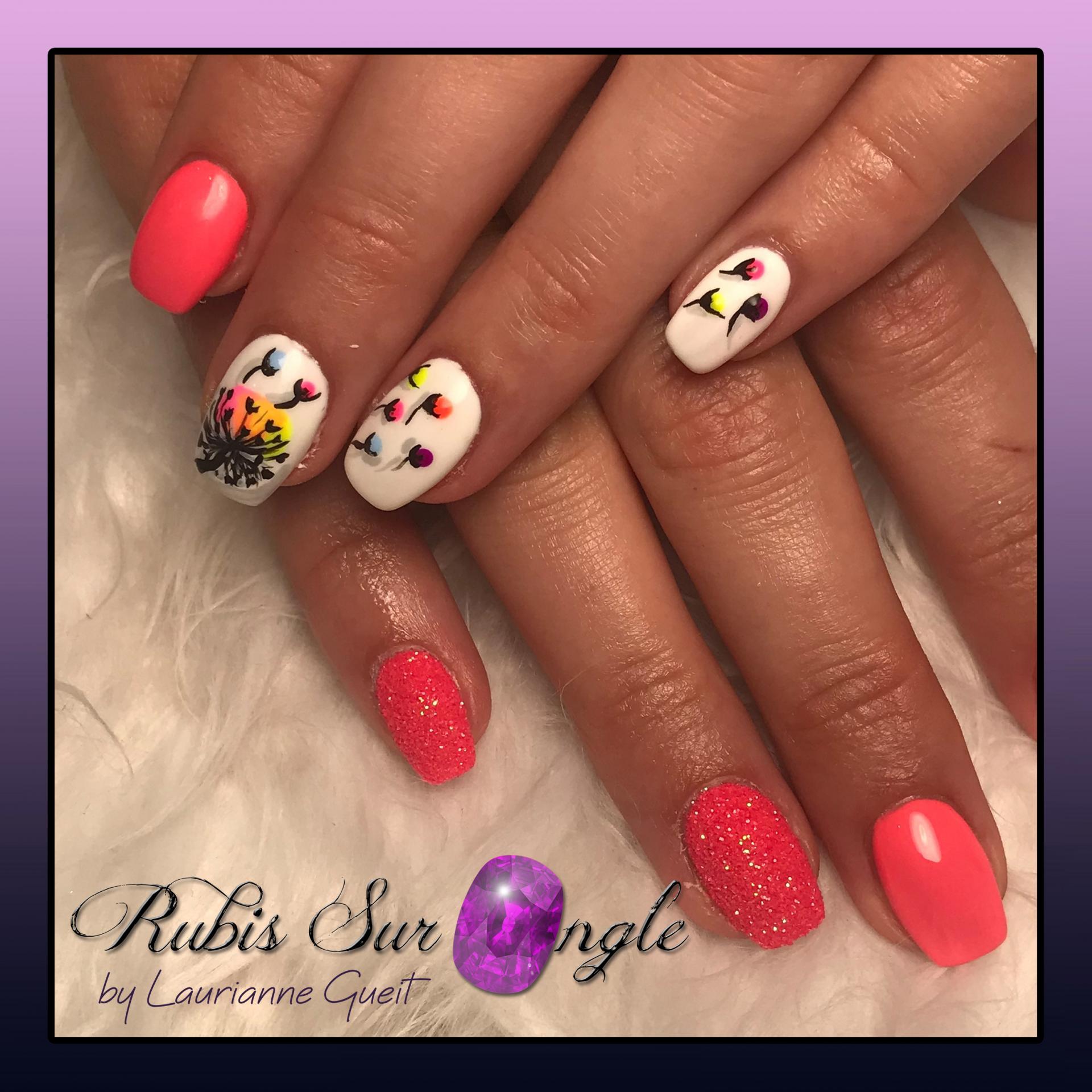Rubis-Sur-Ongle-Nail-Art-Rose-Blanc