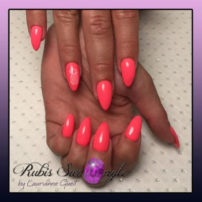 Rubis-Sur-Ongle-Nail-Art-Rose-Fluo-Ananas