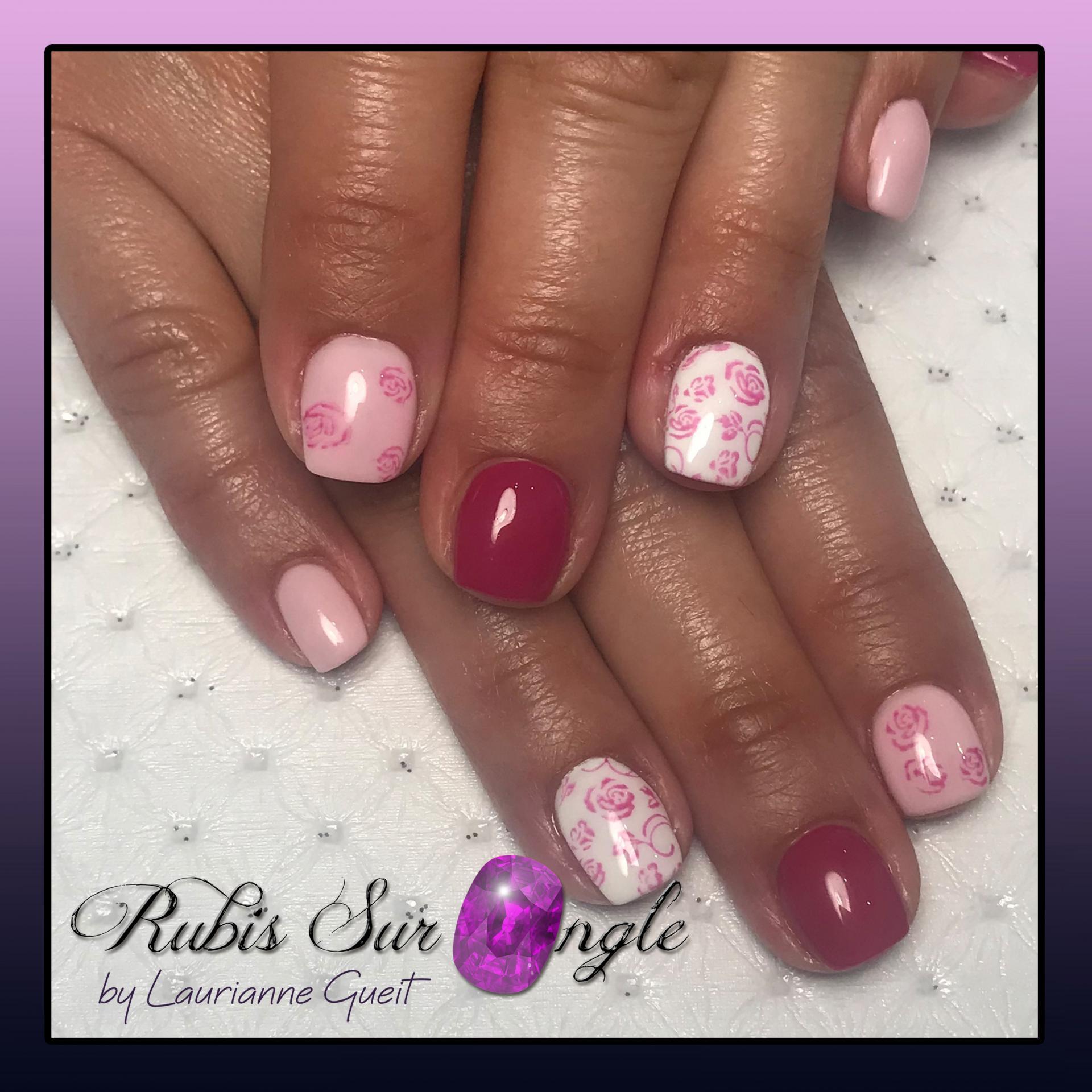 Rubis-Sur-Ongle-Nail-Art-Rose