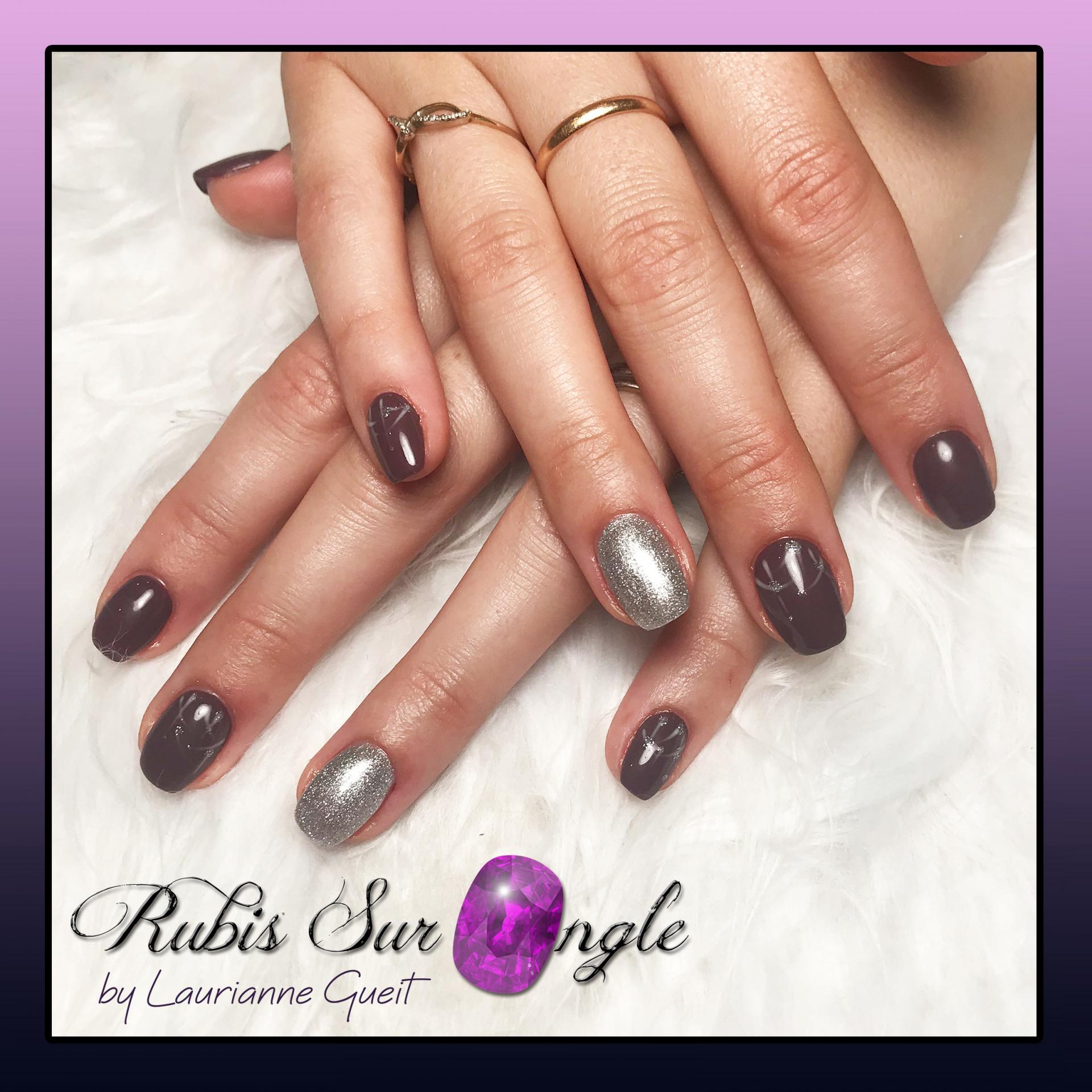 Rubis-Sur-Ongle-Nail-Art-Violet-Argent